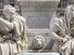 كونديرا ضد هايدغر:  سمو الشعر أم الرواية؟