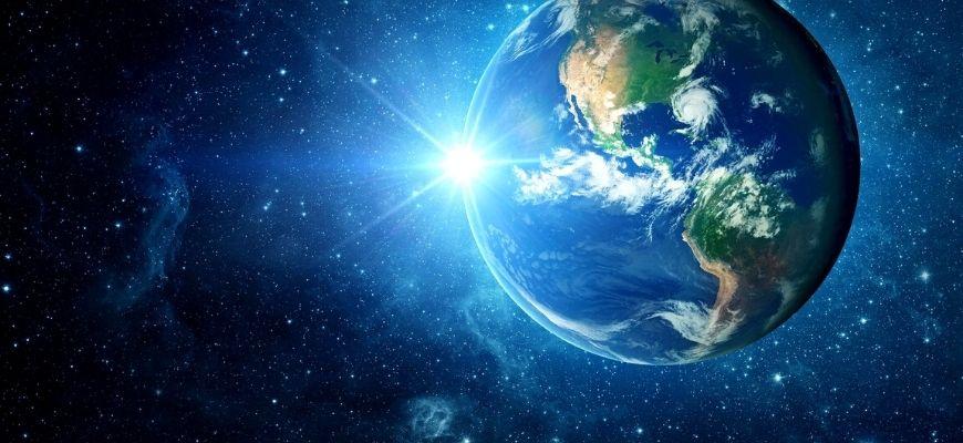 إحراجات التَّفكير في الكوني