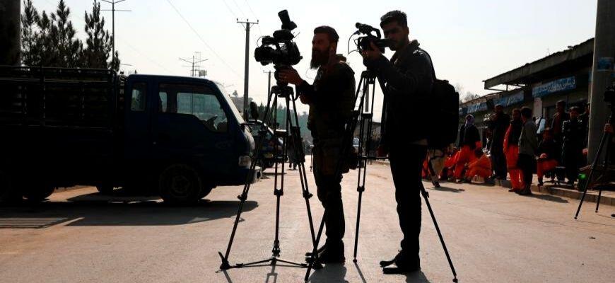 تَوتُّرَات الهجانة بين الصَّحافة والتَّاريخ
